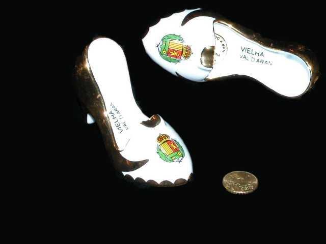Zapato de tacón-cenicero. Valle de Arán, Pirineos.