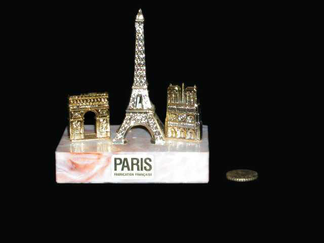 Torre Eiffel, Arco de Triunfo y Notre Dame. París.